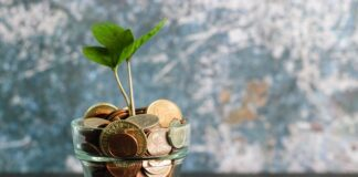 Are contributions to a roth ira tax deductible?